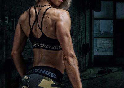 fit-bodybuilding-power-portret-foto-angelina-swart-breda